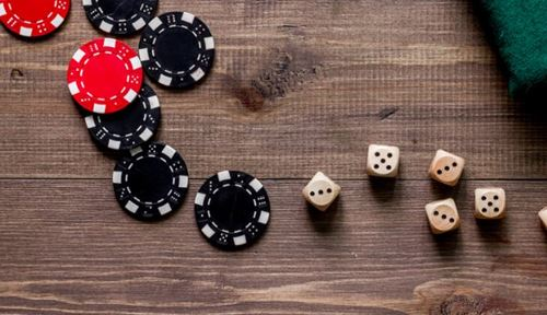 QQ online poker is not as easy as you think
